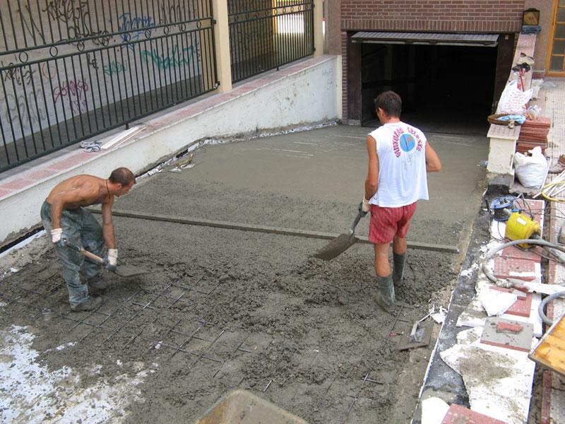 Rampa acceso a garaje en Zaragoza