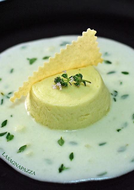 http://lasagnapazza.blogspot.it/2012/05/budino-di-porri-e-patate-con-fonduta-di.html