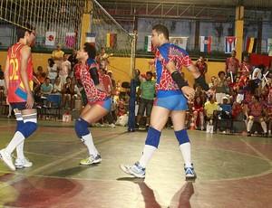 Provocações fazem parte do show (Foto: Frank Cunha/Globoesporte.com)