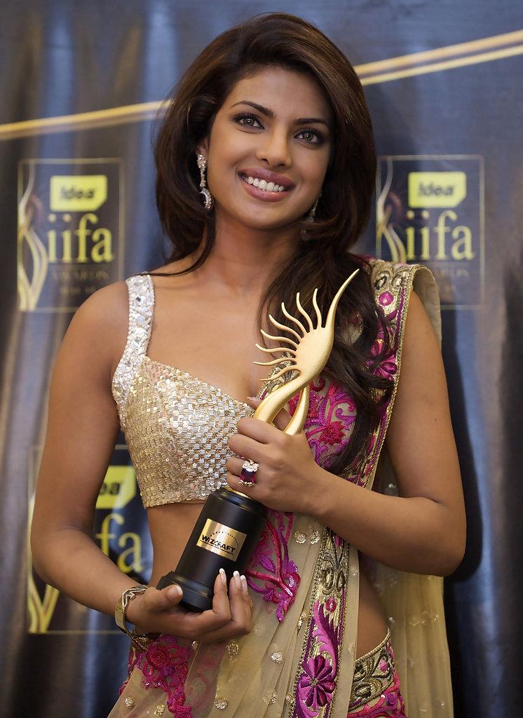 Priyanka Chopra hot photoshoot hd - Sports Updates