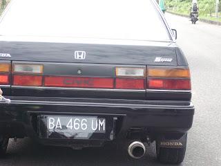 [Image: mobil+mesum+sma9+padang.JPG]