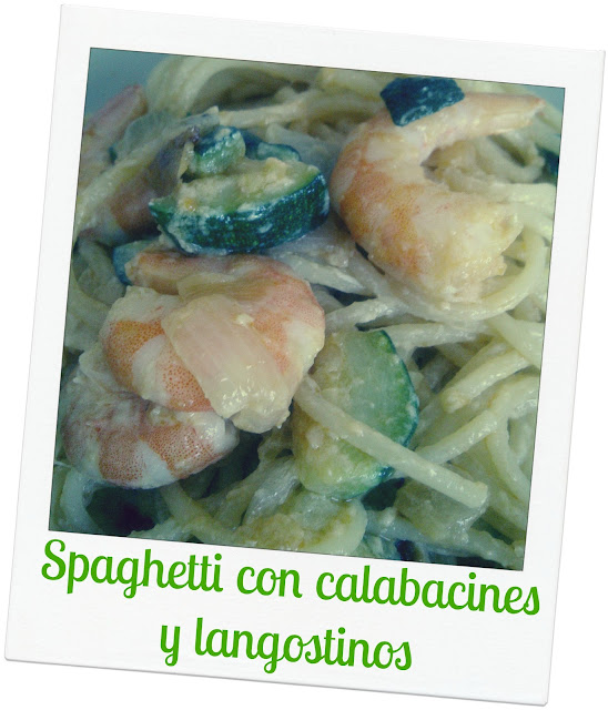 Zucchini and shrimps pasta