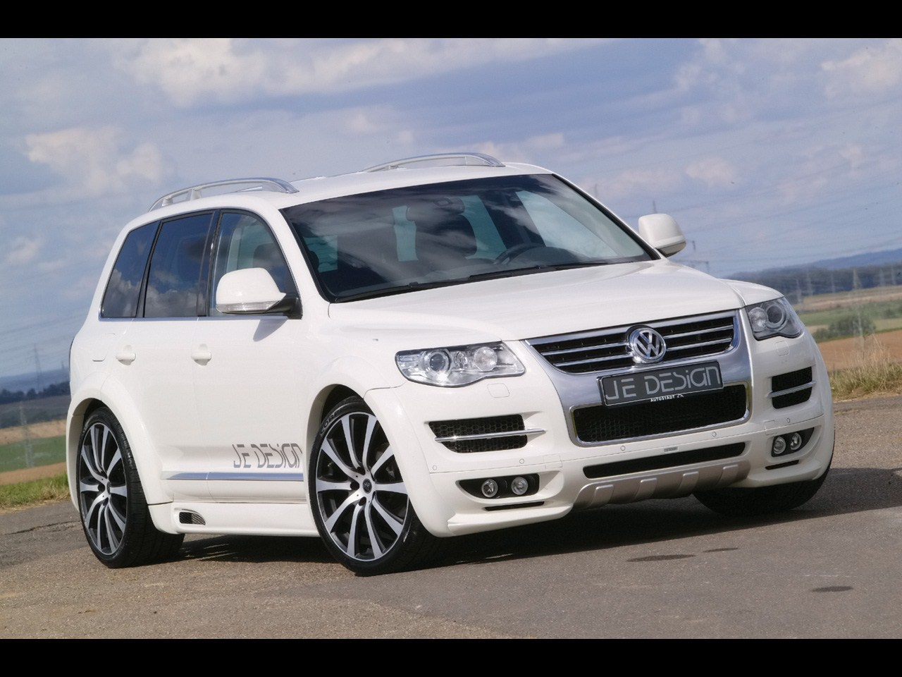 2016 touareg release date price and specs. Black Bedroom Furniture Sets. Home Design Ideas