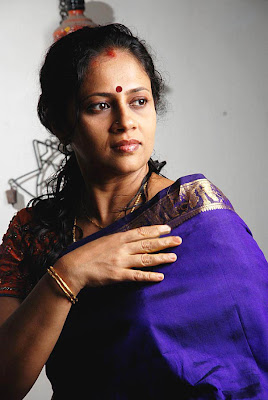 Lakshmi Ramakrishnan South Old Mallu Aunty Latest PicsPhotos unseen pics