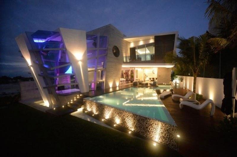 deco Casa Moderna e Futurista Com Muita Luz e Cor