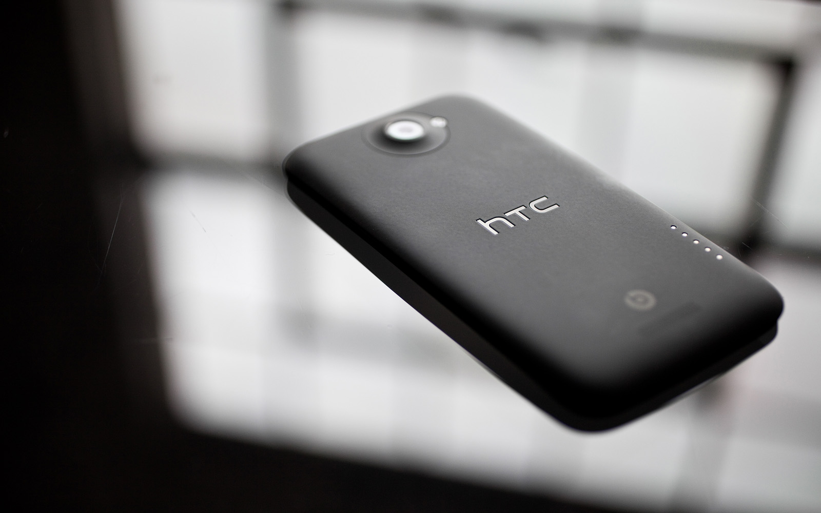 Htc M7 Wallpaper