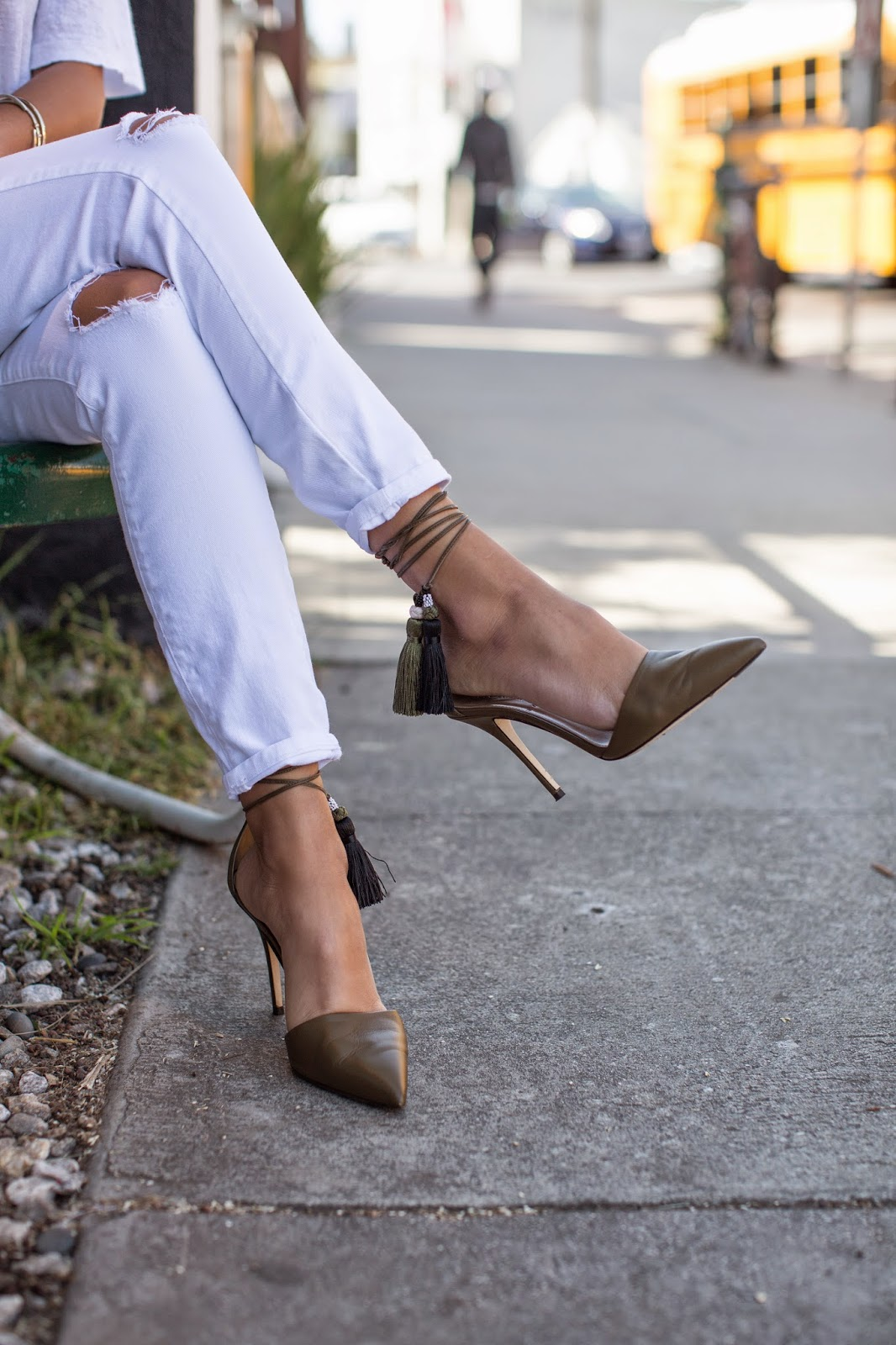 j crew tassel heels, white distressed denim, t by alexander wang top, venice beach, abbot kinney, all white outfit