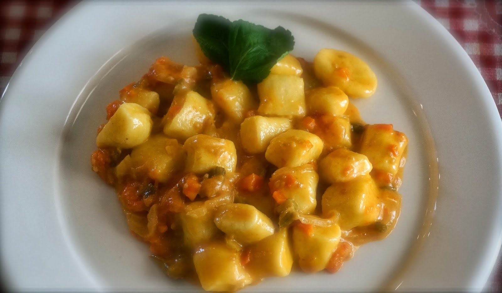 impara a cucinare come uno chef: gnocchi di patate al pomodoro e ... - Come Cucinare Gli Gnocchi Di Patate