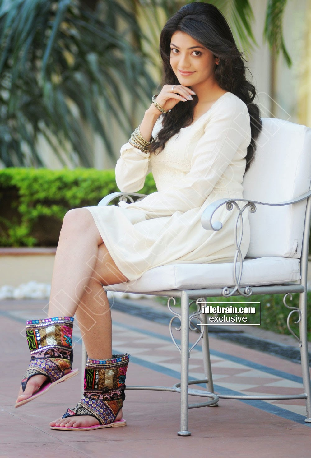Kajal Agarwal crossed legs