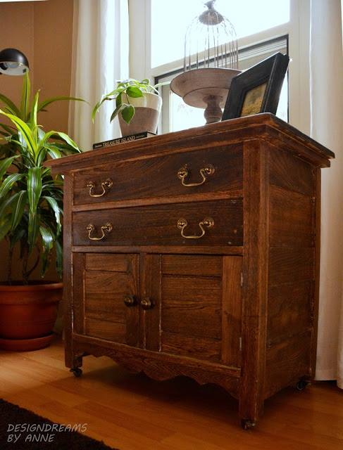 http://designdreamsbyanne.blogspot.com/2015/08/antique-washstand-makeover.html