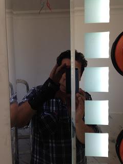 foto de espelho com led fume e prata mais bisote