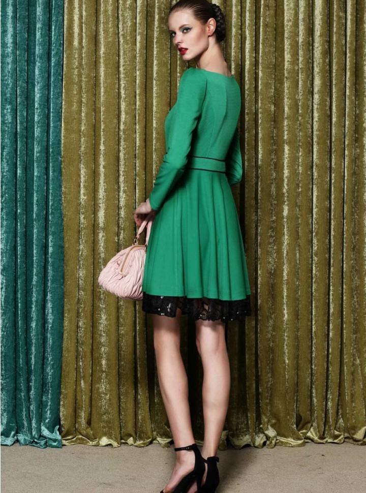 Vestidos verdes con encaje negro