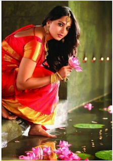 Hot Anushka Shetty photos