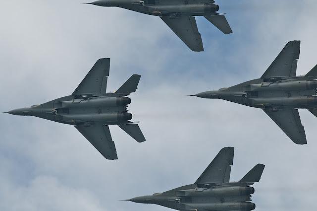 Smokey Bandits Mig-29 formation