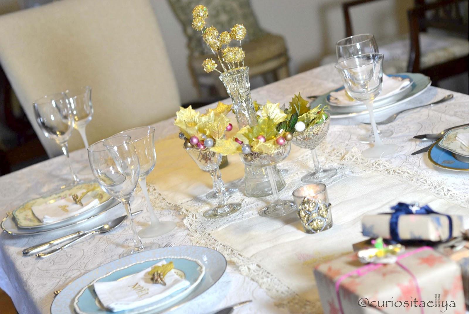 Curiositaellya Christmas Dinner Table Setting With Gold