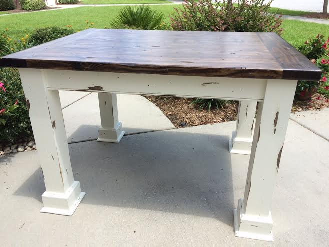 3ft X 4ft Kitchen Table W/cream Distressed Base