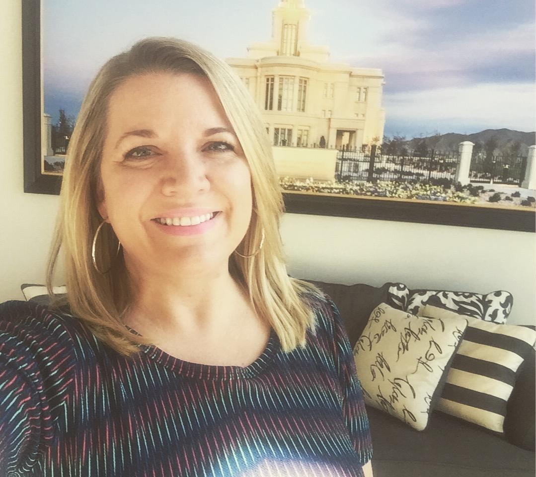Robyn Cardon