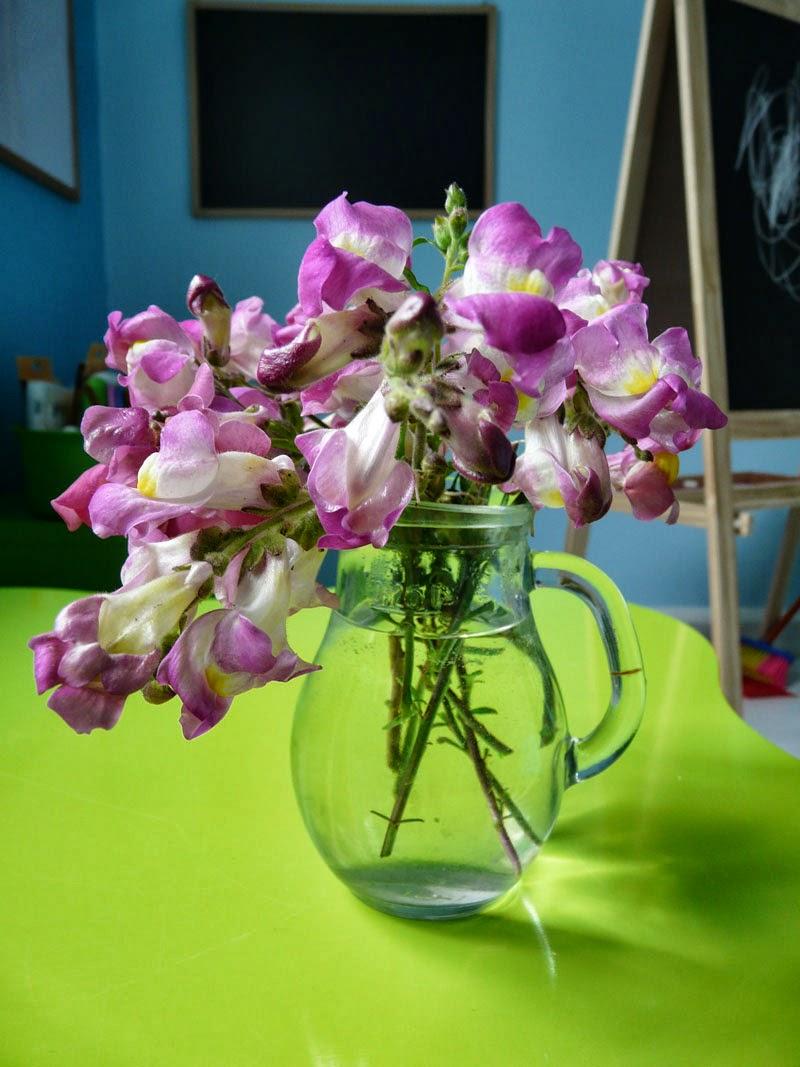 la douce ecole composer un bouquet. Black Bedroom Furniture Sets. Home Design Ideas