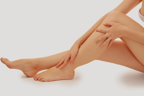 cara mudah memutihkan kulit kaki dan tangan