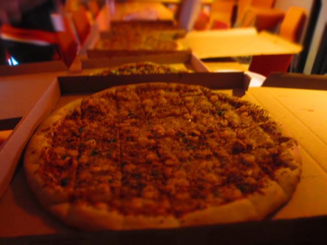 Nines vs. Food - S&R Pizza-1.jpg