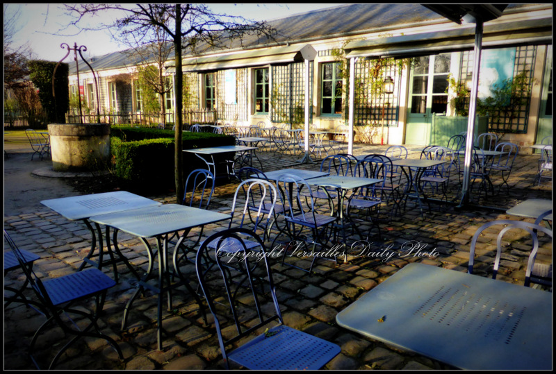 La Petite Venise restaurant Versailles palace