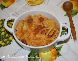 Pasta e patate con prosciutto crudo
