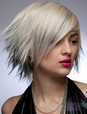 model short side swept inverted bob_9732104
