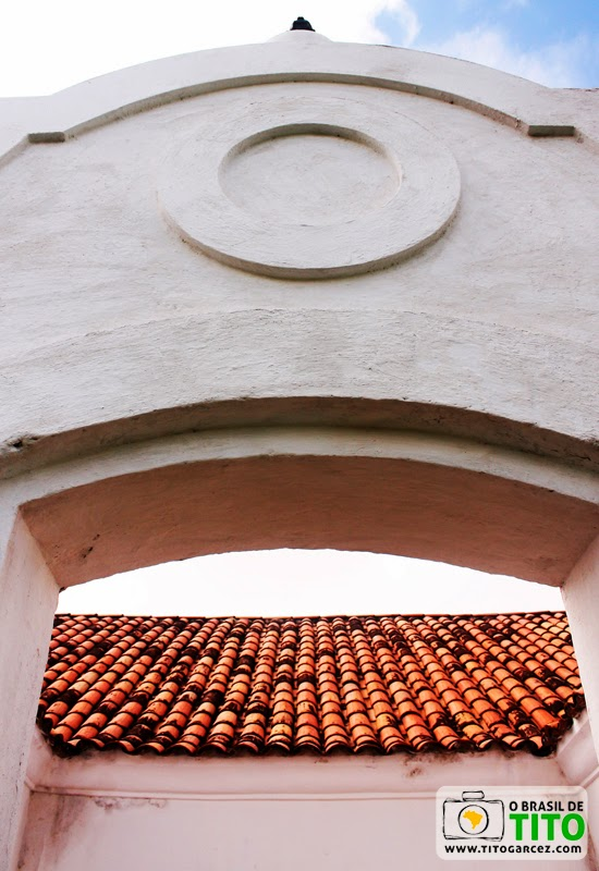 Detalhe da entrada d edifício localizado na Fortaleza de São José de Macapá, no Amapá