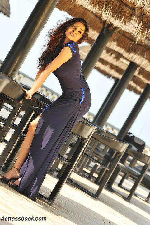 Madhavi Kaushalya Sri Lankan Hot Model and TV Presenter Latest Photo Shoot Gallery gallery pictures