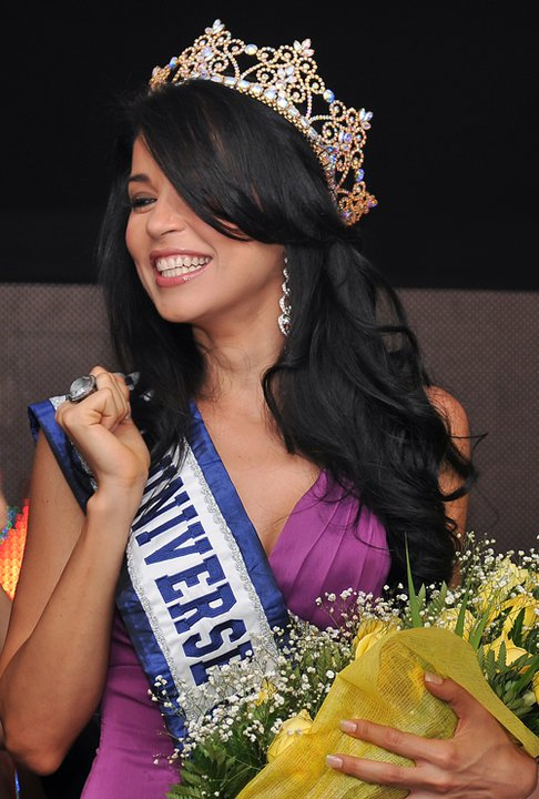 25 year-old Alejandra Barillas is the winner of Miss Guatemala 2011