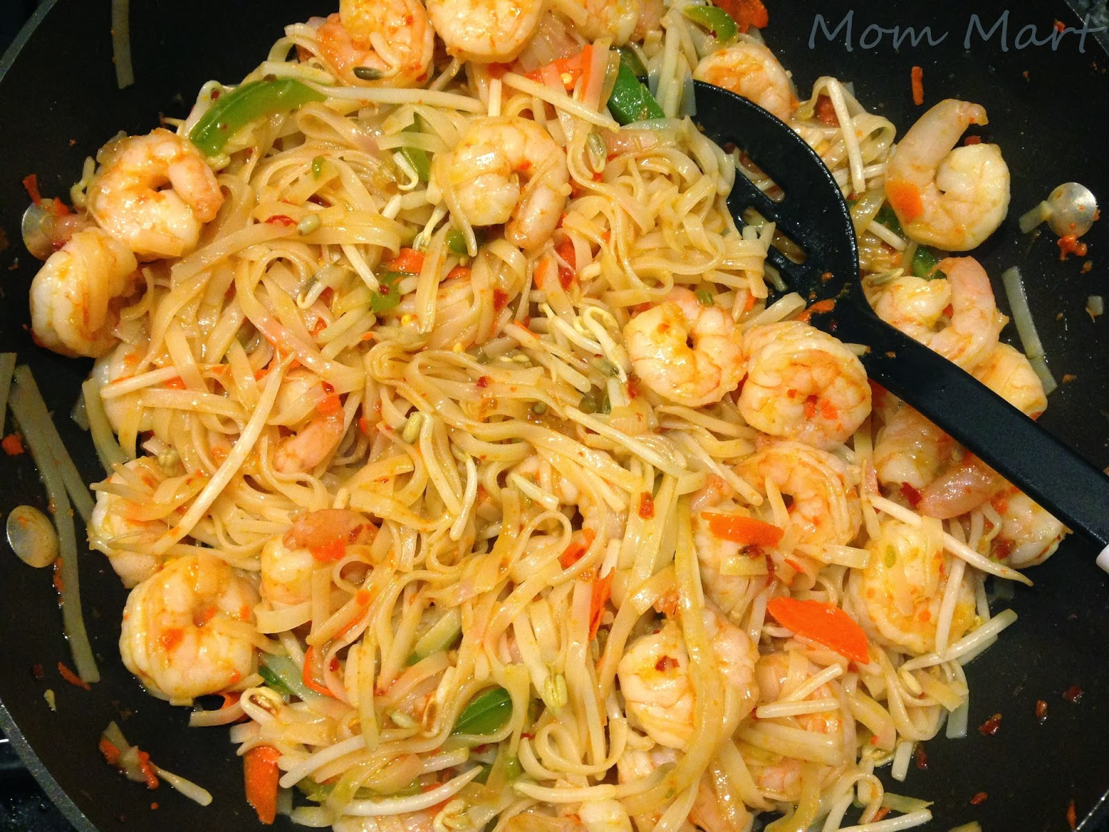 Mom mart keeping dinner light with thai shrimp noodles What to make with shrimp for dinner