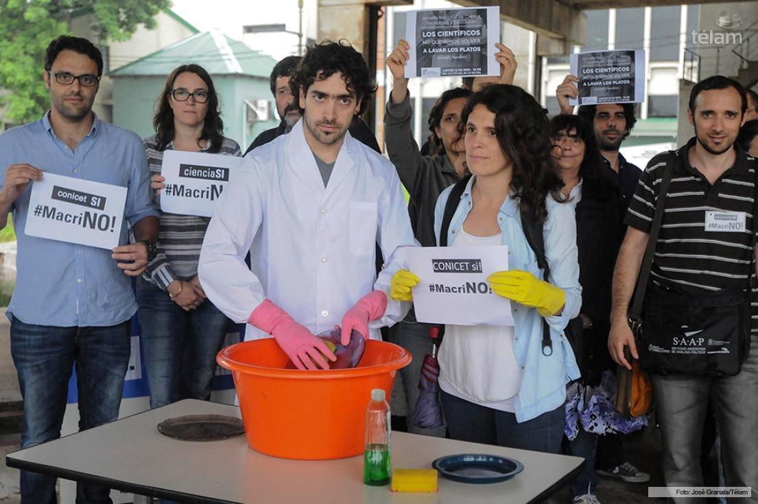 Cientificos Rosarinos en apoyo a las politicas publicas 12/11/2015