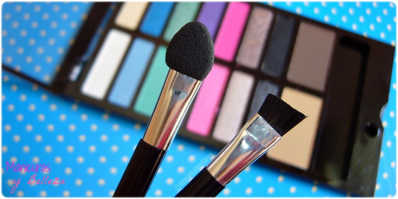 Paleta de sombras de ojos y cejas Awesome - Sticks & Stones de MakeUp Revolution   Awesome Eyeshadow and Eyebrow Palette (Maquillalia) Brochas