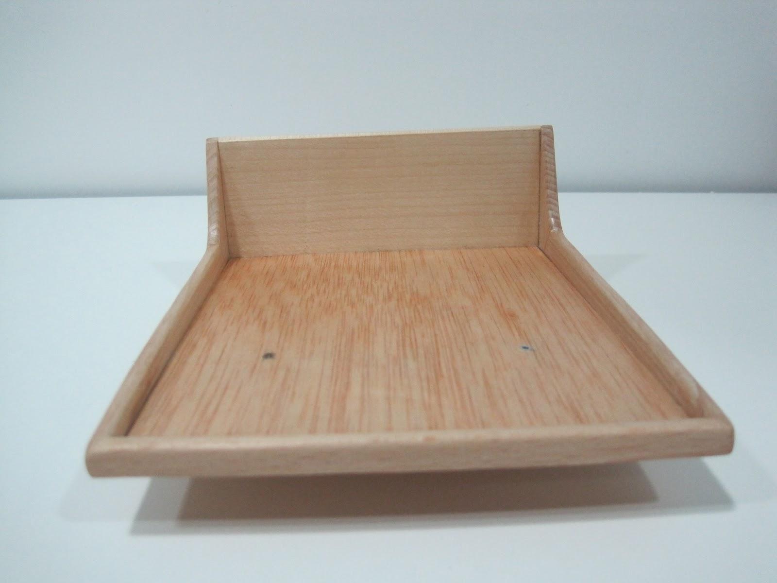 Madera en miniatura wooden miniatures cama 2 cama barco for Como reciclar una cama de madera