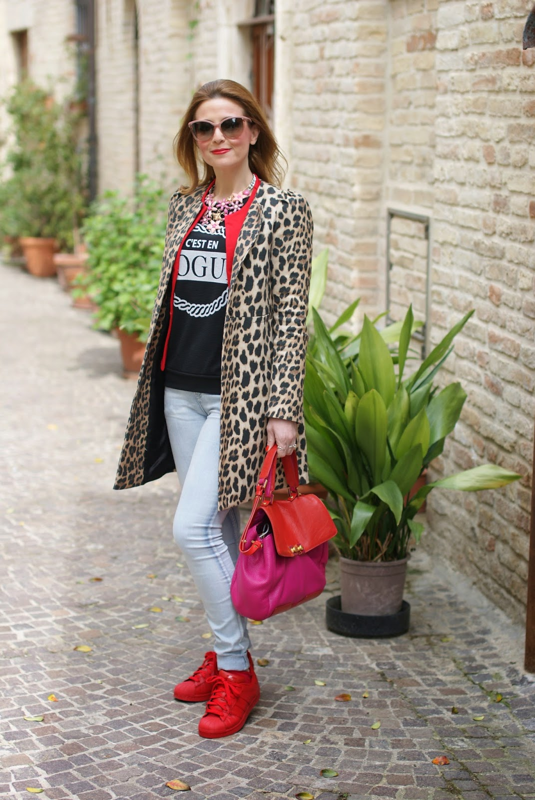 leopard jacket, leopard zara coat, red adidas supercolor sneakers, Fashion and Cookies fashion blog, fashion blogger streetstyle