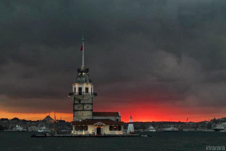 Kiz Kulesi, Estambul. Hitzen Mundua