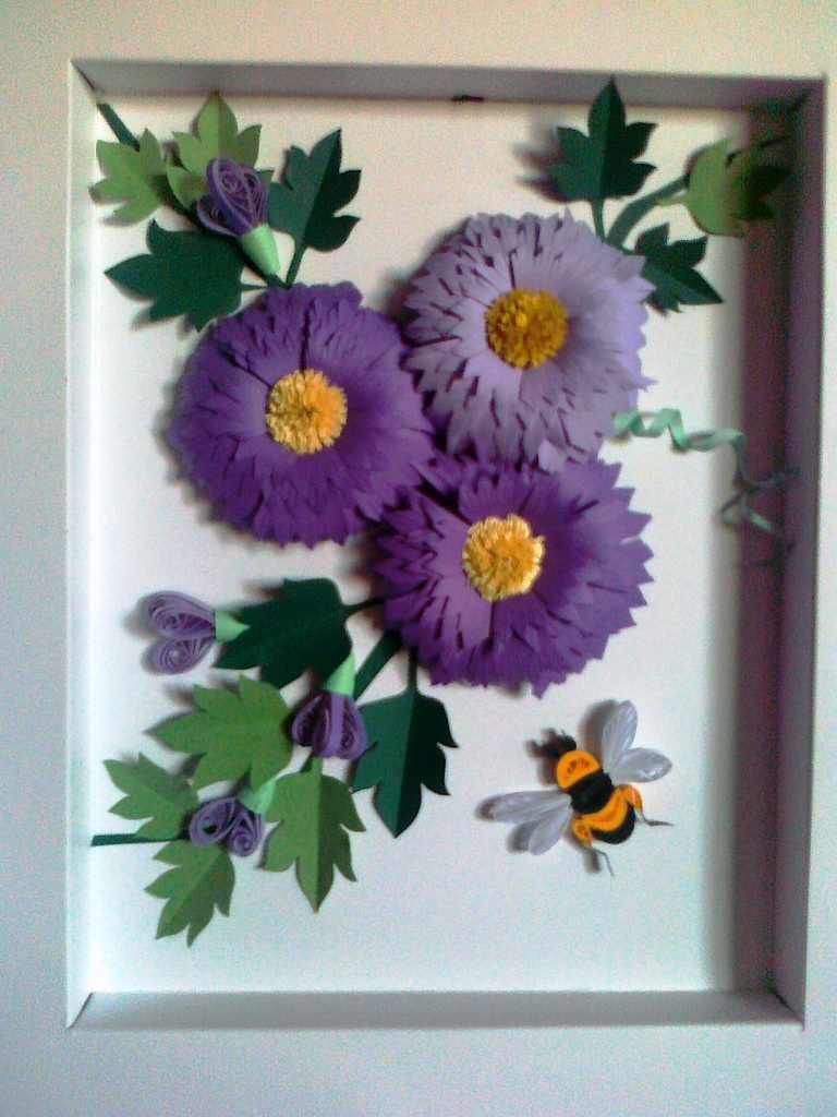 Quilled picture frame ideas art projects art ideas for Paper quilling art projects
