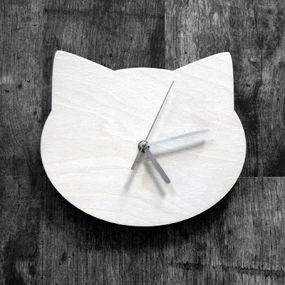 https://www.etsy.com/listing/109205714/cat-head-shape-wall-clock-in-bleached?ref=favs_view_4