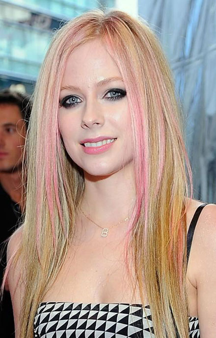 Avril Lavigne News 2011