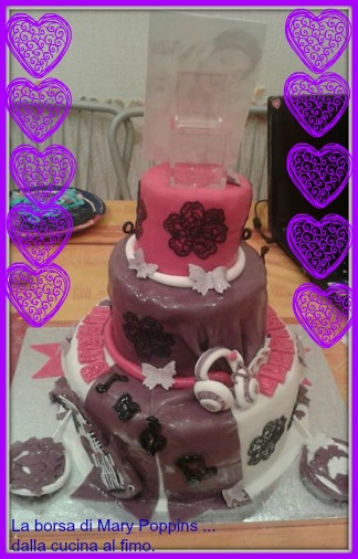 torta a tre piani : violetta