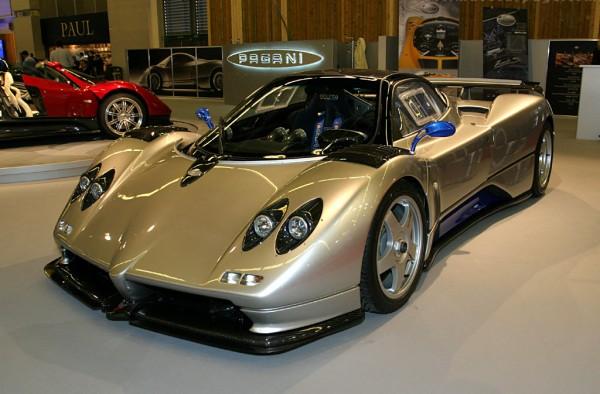 Mobil Sport Terbaik di Dunia - Pagani Zonda C12