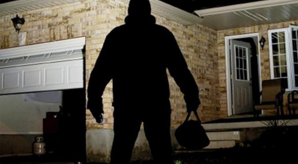 أذكى لص فى العالم لن تصدق كيف يسرق المنازل