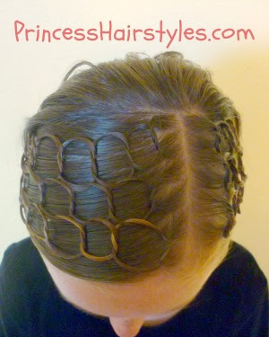 connected circles hairstyle
