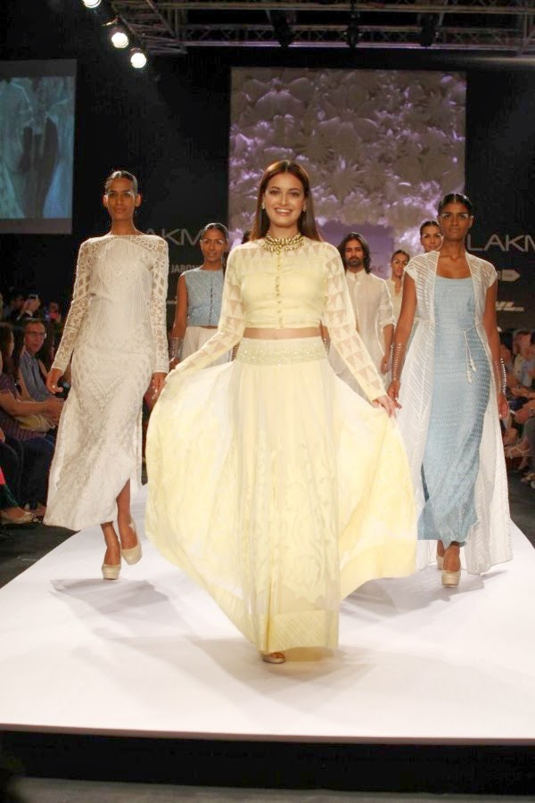 Dia Mirza at Lakme Fashion Week Summer Resort 2014