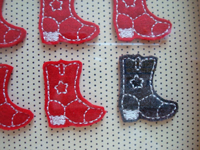 GG Designs Embroidery - FREE Vintage Double Heart Applique