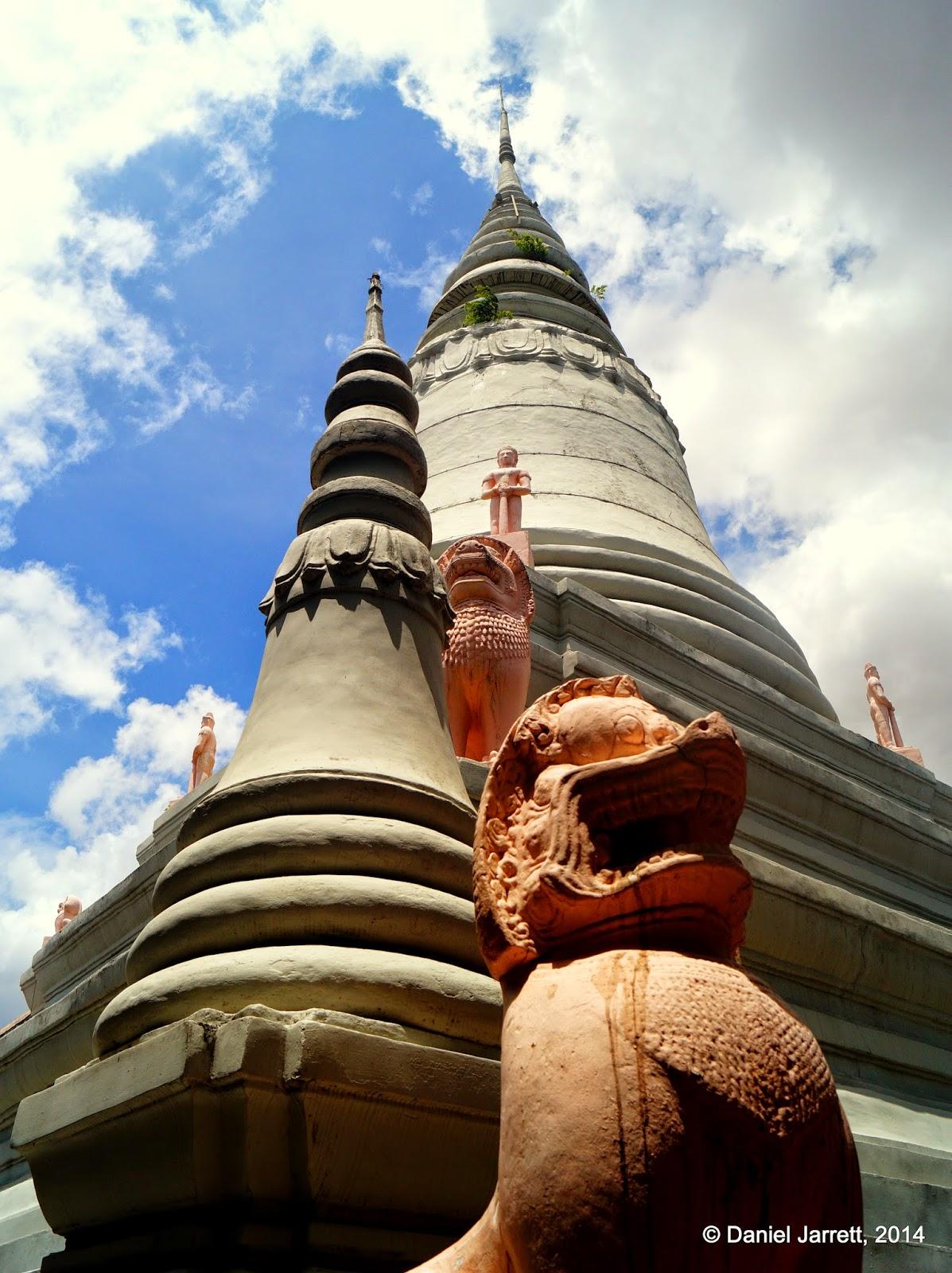 Wat Phnom, Phnom Penh, Cambodia