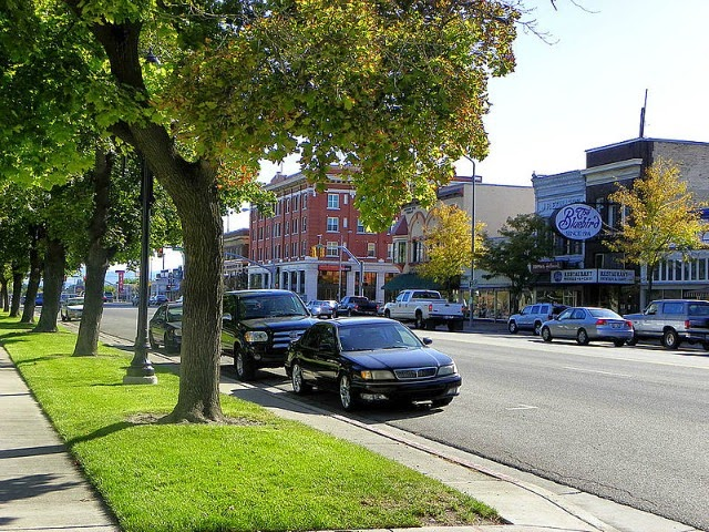 http://commons.wikimedia.org/wiki/File:Downtown_logan_utah_main_street.jpg