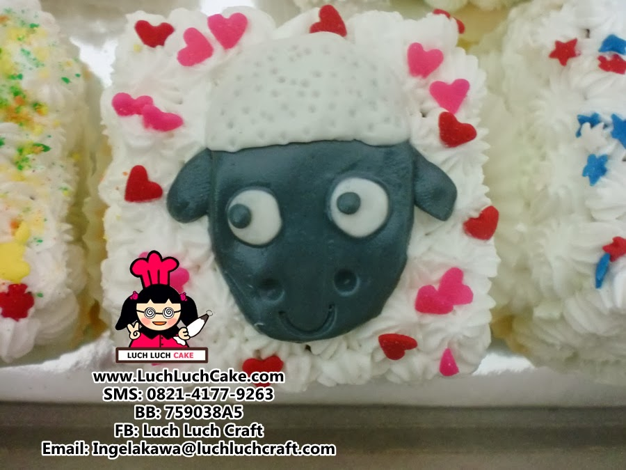 kue tart shaun the sheep
