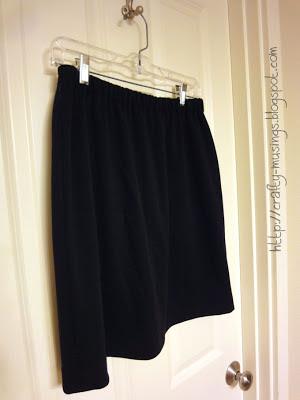 Kwik Sew 3765, skirt on hanger