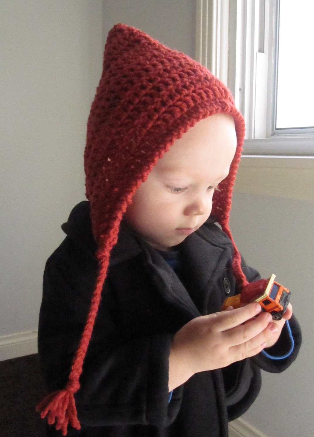 Lively Crochet - Rhythmic Youth: Crochet Pixi Hood Pattern